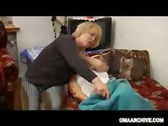 Granny Masturbation Dildo Toys Lesbian
