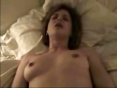Amateur Wife Masturbates And Then Gets A Facial