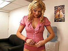 milf  blonde  hairstyle  natural tits  office  cute  sexy  hot  babe  fat cock  in clothes  blowjob  fat cock  fun  cock ride Christina Skye