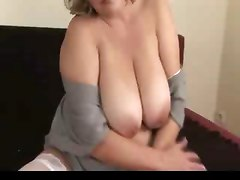 Masturbation Matures Tits