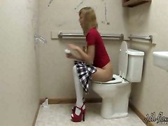 Teens Fisting In The Toilet