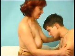 jizz hot mom blowjob doggy style hairy pussy