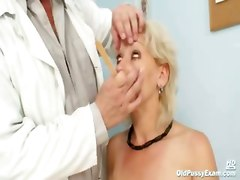 kinky granny old gyno fetish pussy speculum close up mature