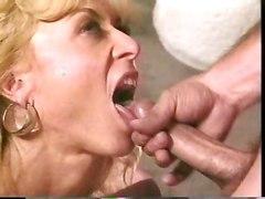 mom mature blowjob big tits pussy