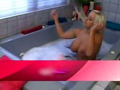 cumshot tits blonde ass blowjob wet bigboobs fakeboobs cumontits british bathtub gold tub savannah