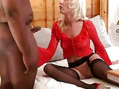 Amateur Black and Ebony Blondes