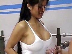 cumshot hardcore latina milf blowjob bigass pussyfucking cumontits gym